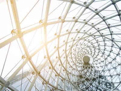 Bild von Stahlkonstruktion als Sinnbild für digitale Frameworks